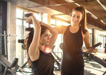 new year's fitness resolution, pair working out