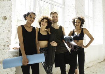 loyalty program, happy yoga class