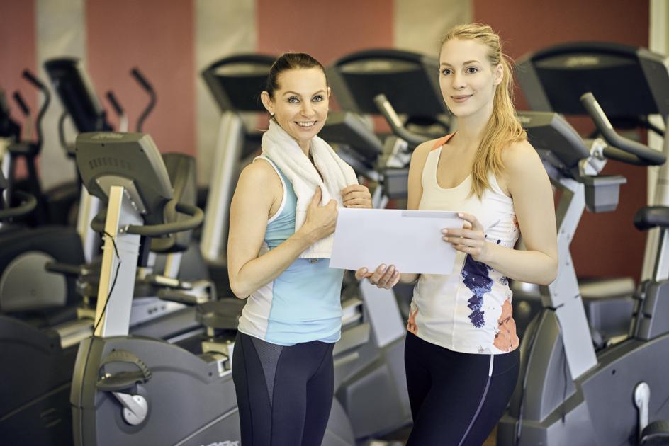 Gym staff training, training new gym employee