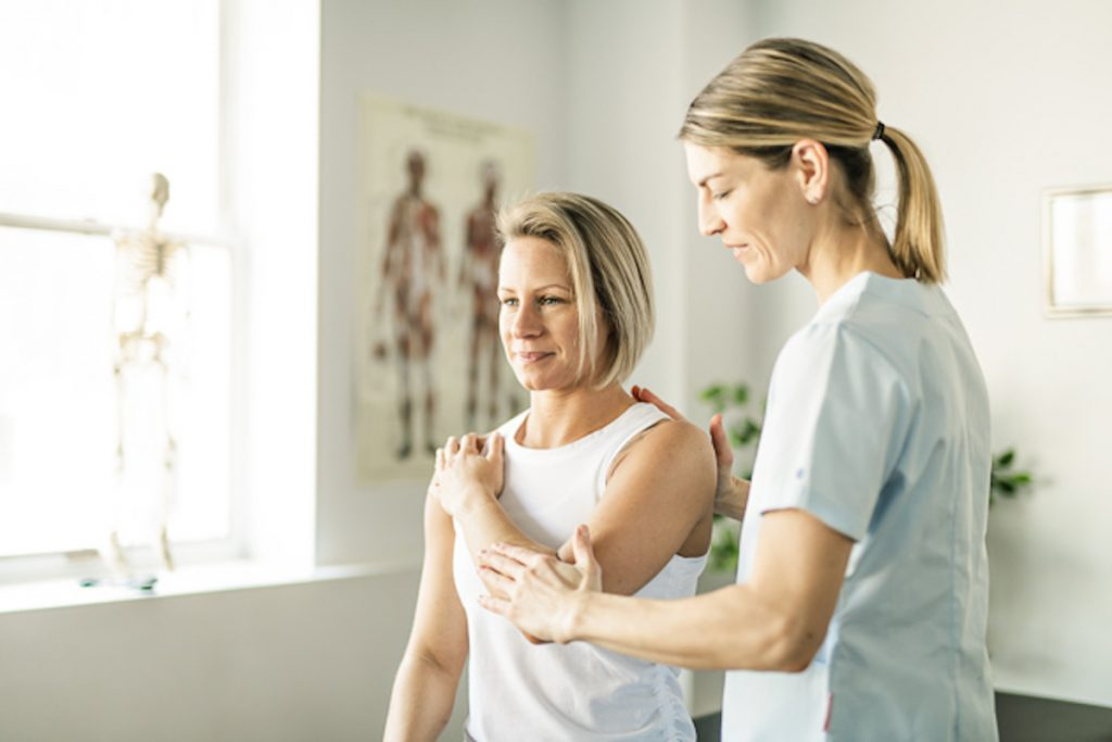 wellness center customer reviews, physical therapy session