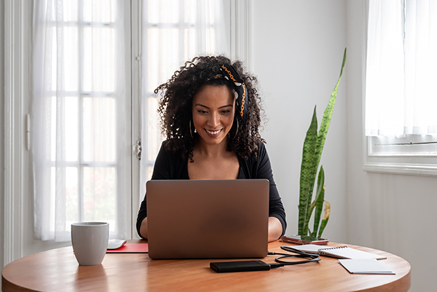 fitness business, woman at her computer