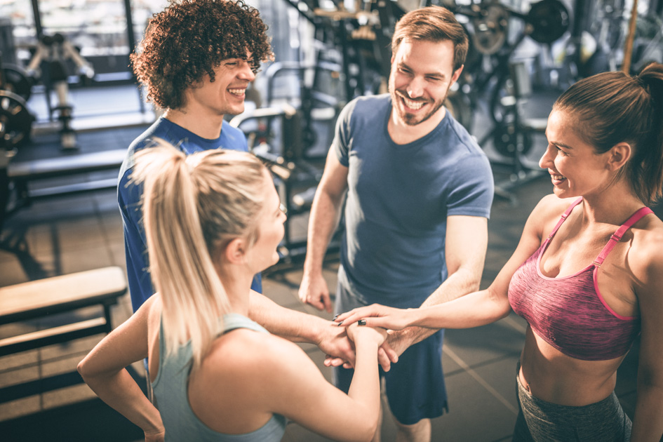Get fitness clients, Group of People in a Gym