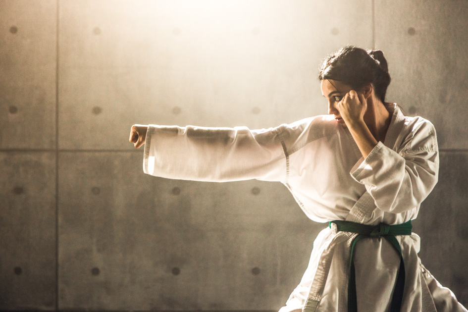 martial arts marketing, Woman practicing karate