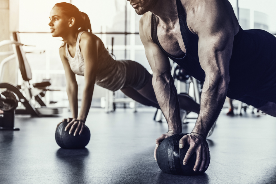 fitness myths, woman and man in gym
