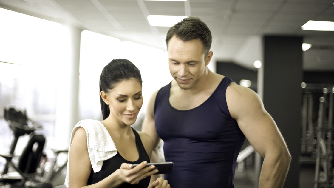 personal trainer management software, woman with personal trainer