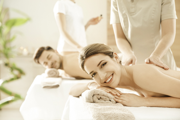 wellness center holiday marketing, couples massage